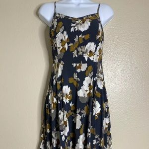 Old Navy Womens Size S Floral Pattern Dress